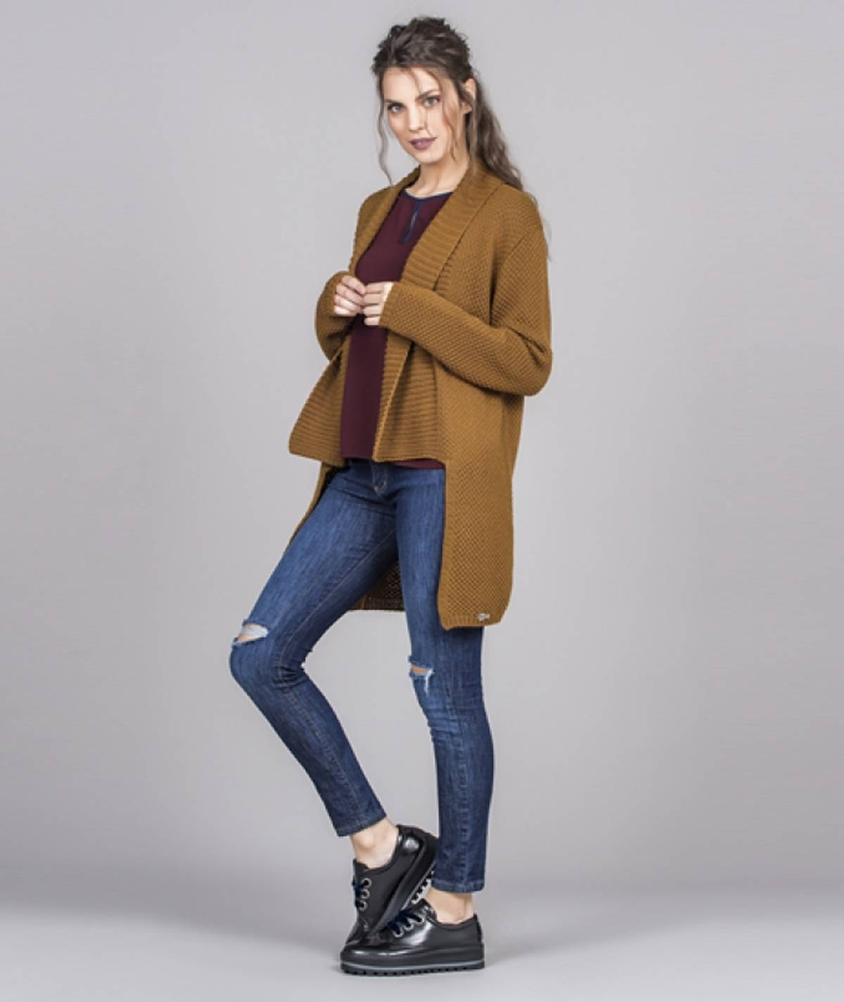 Assimetric cardigan