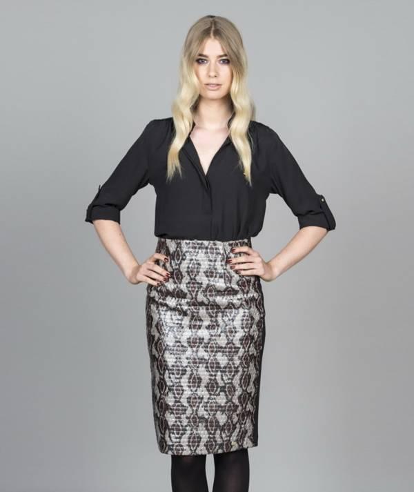 Skirt with snake...