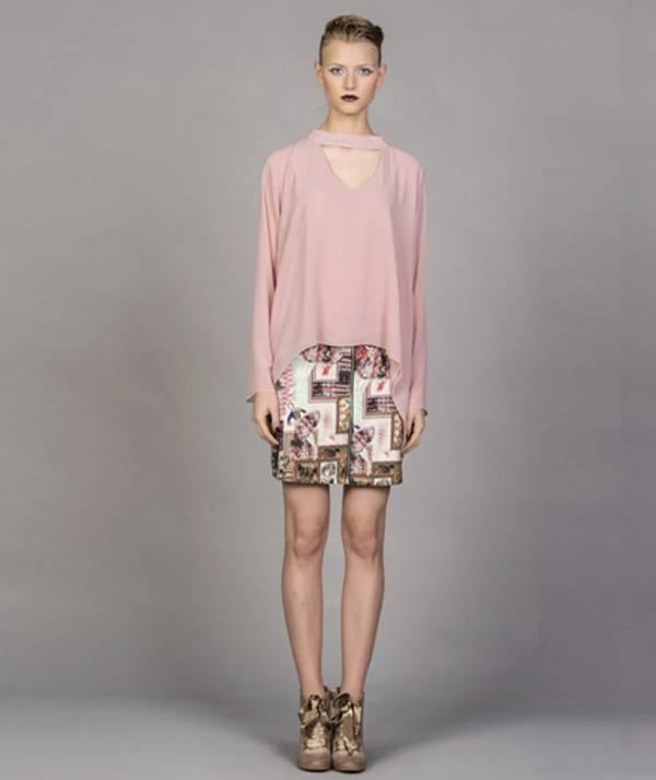 Skirt with zipper...