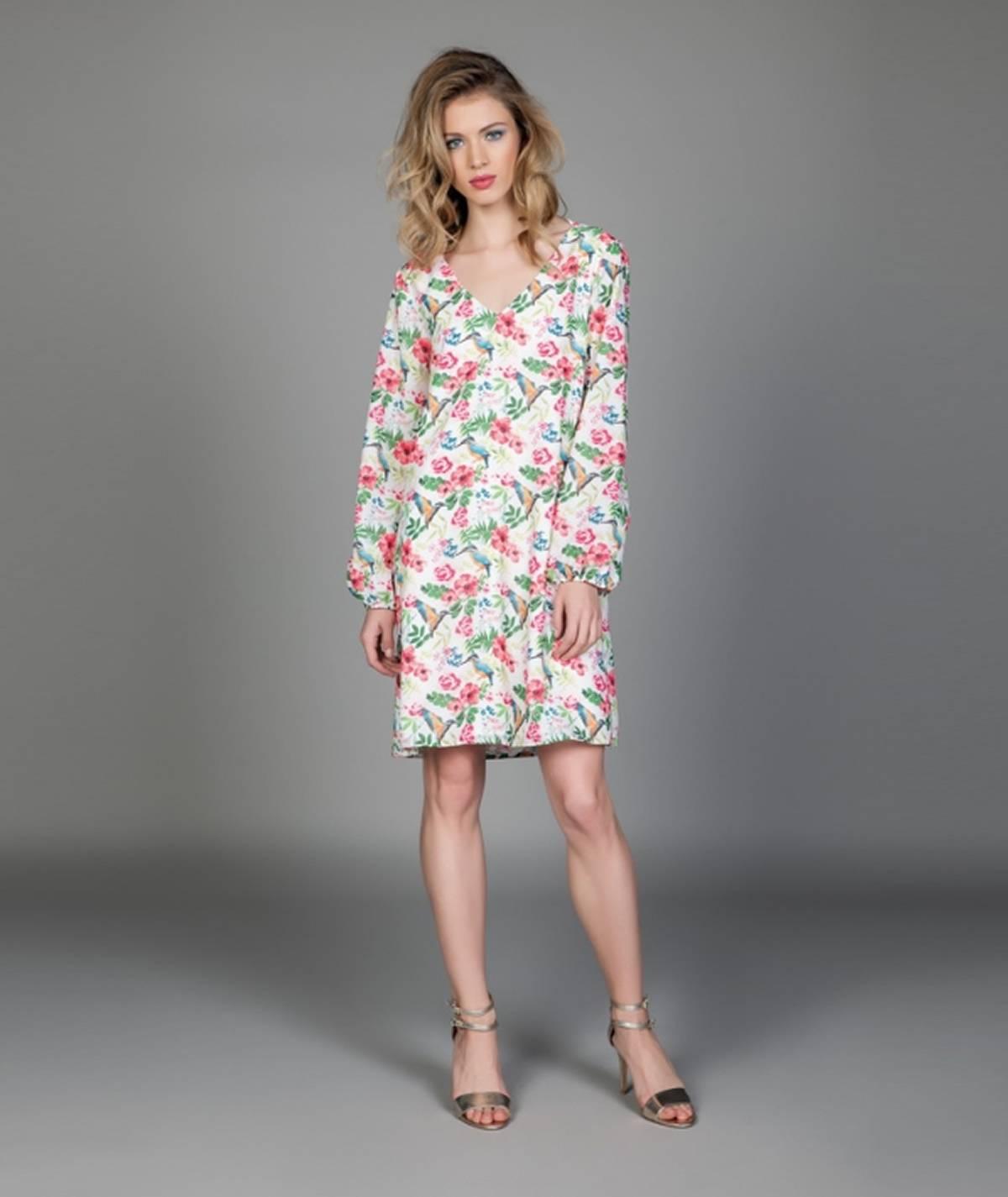 Vestido com padrão primaveril