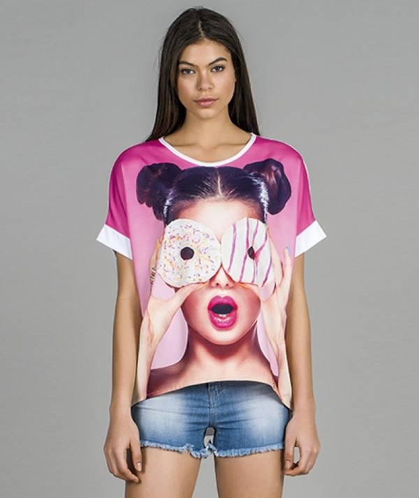 T-shirt donuts motif