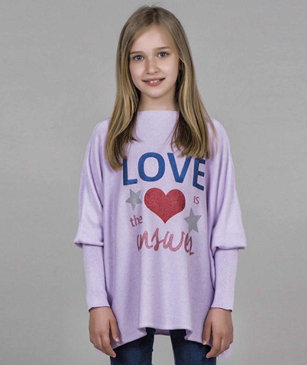 Camisola motivo love is the...