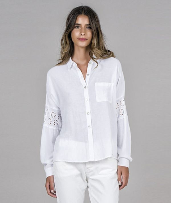 Shirt with lace...