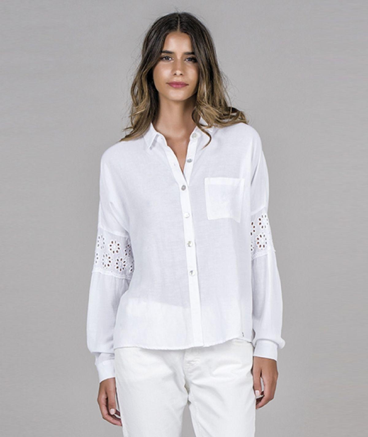 Camisa mangas renda