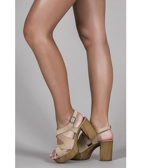 Sandálias tacão