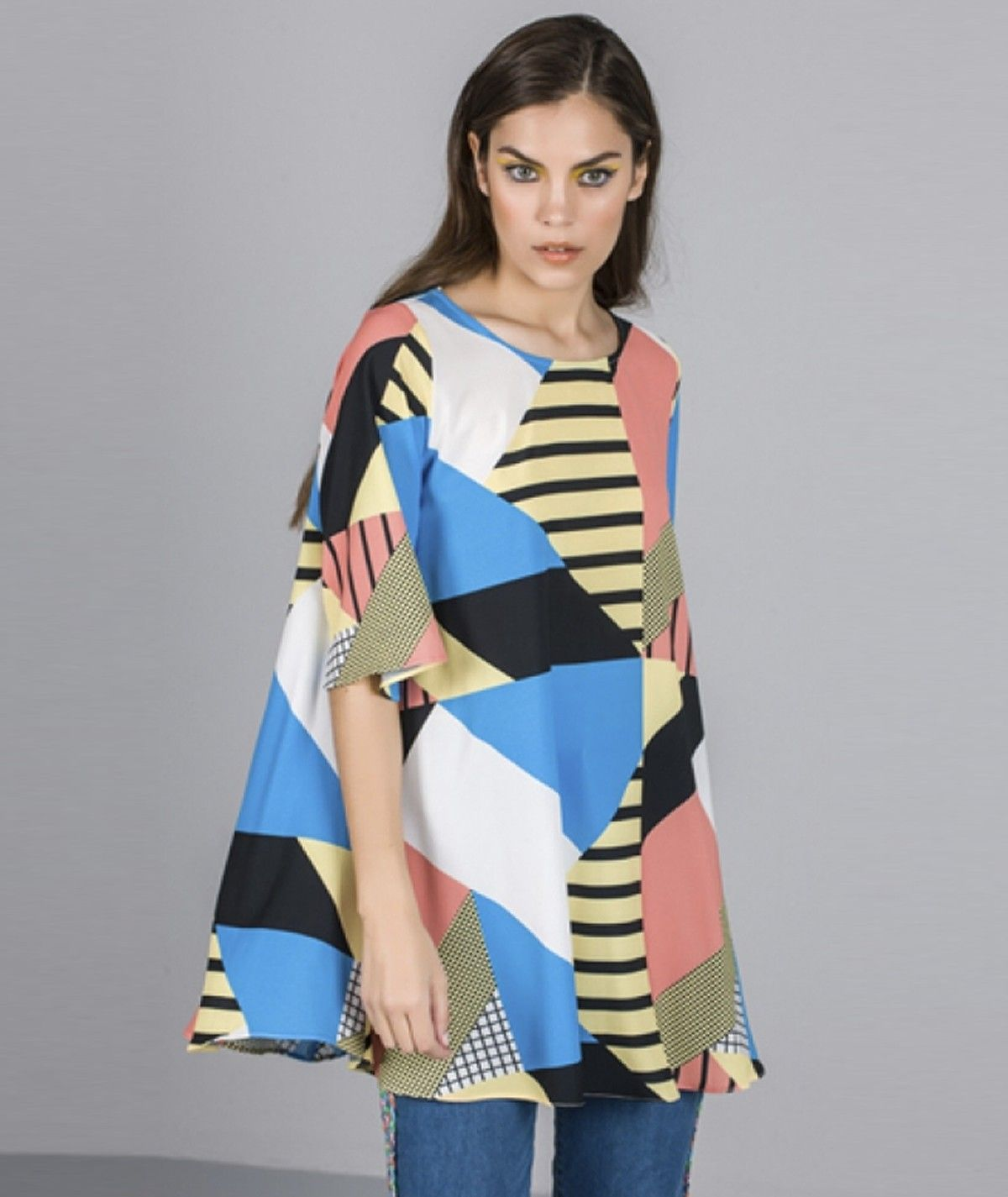 Tunic with graphic print
