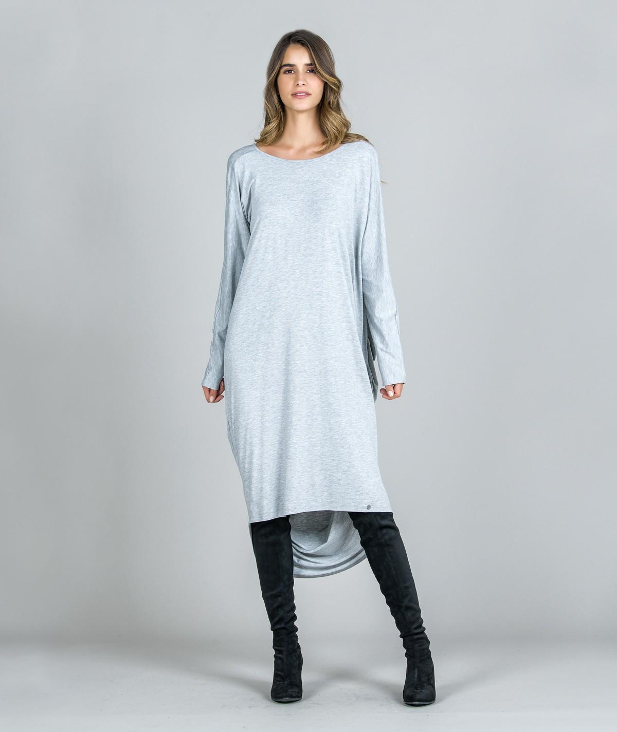Vestido Oversize com decote...