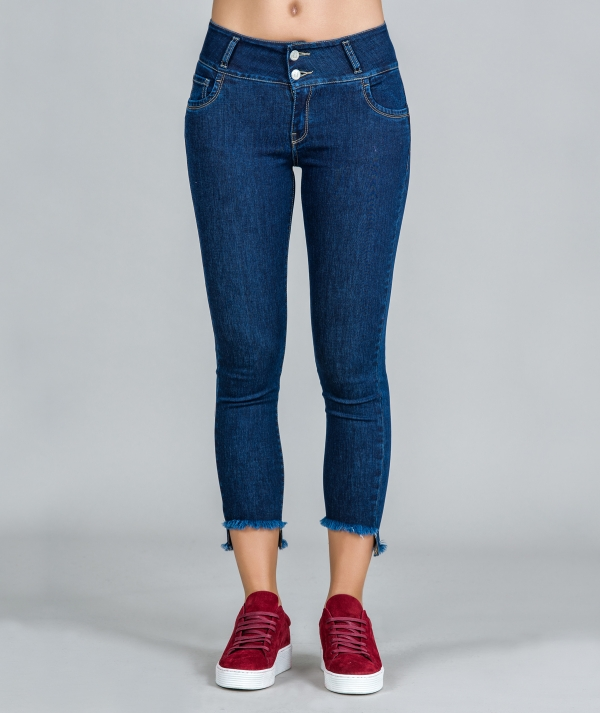 Push-up jeans