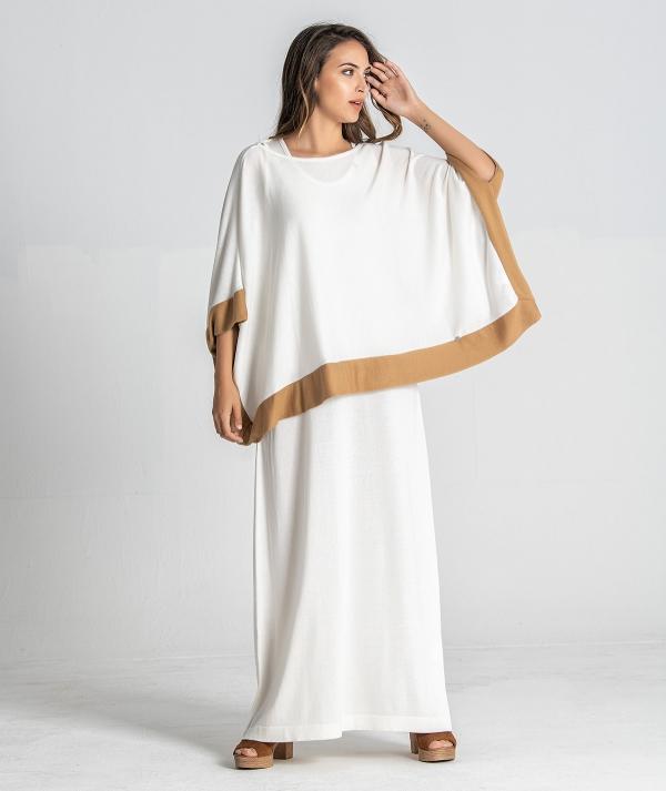 Vestido com capa