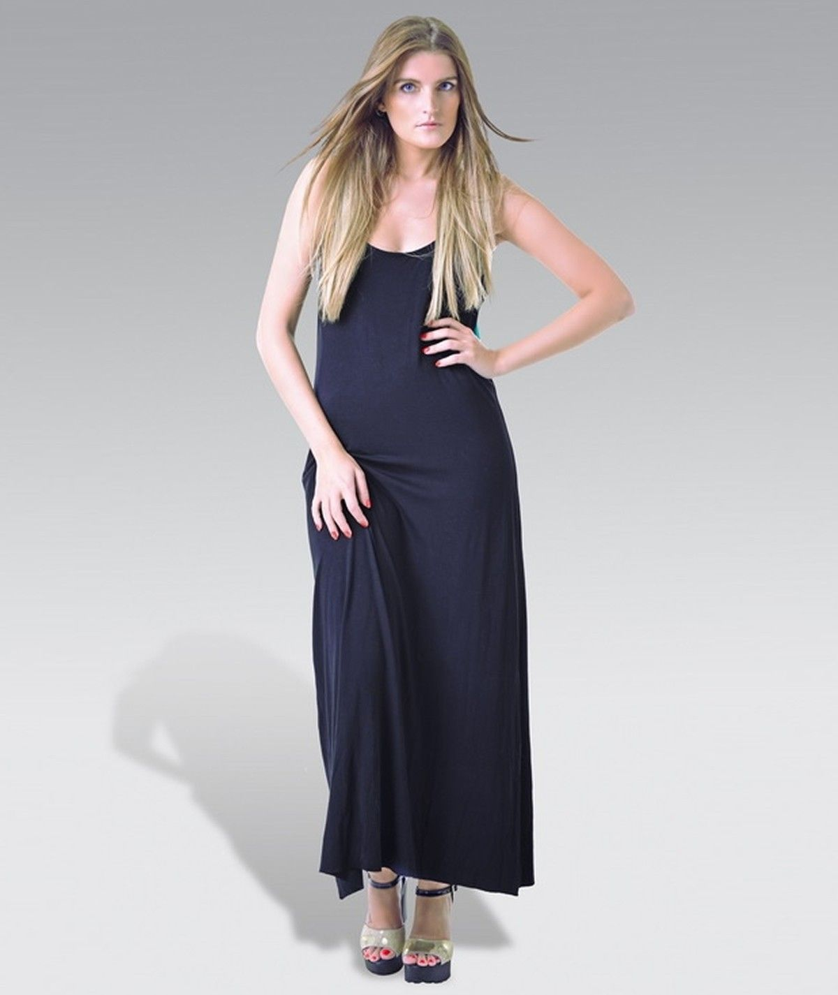 Long dress with a big tie...