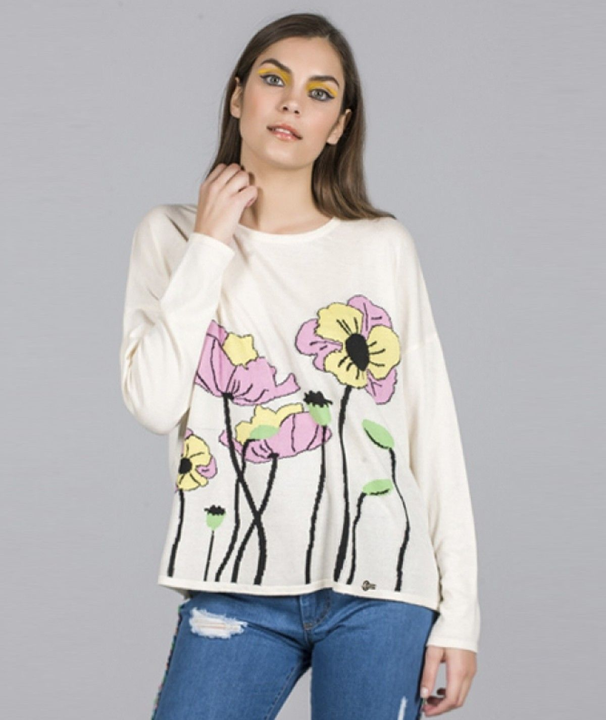 Sweater with floral motif