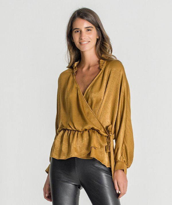 Crossed blouse