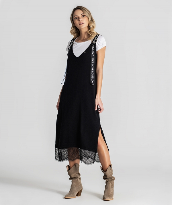 Dress with lace...