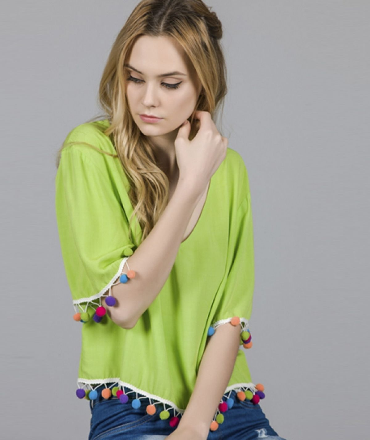Blusa  pompom colorido