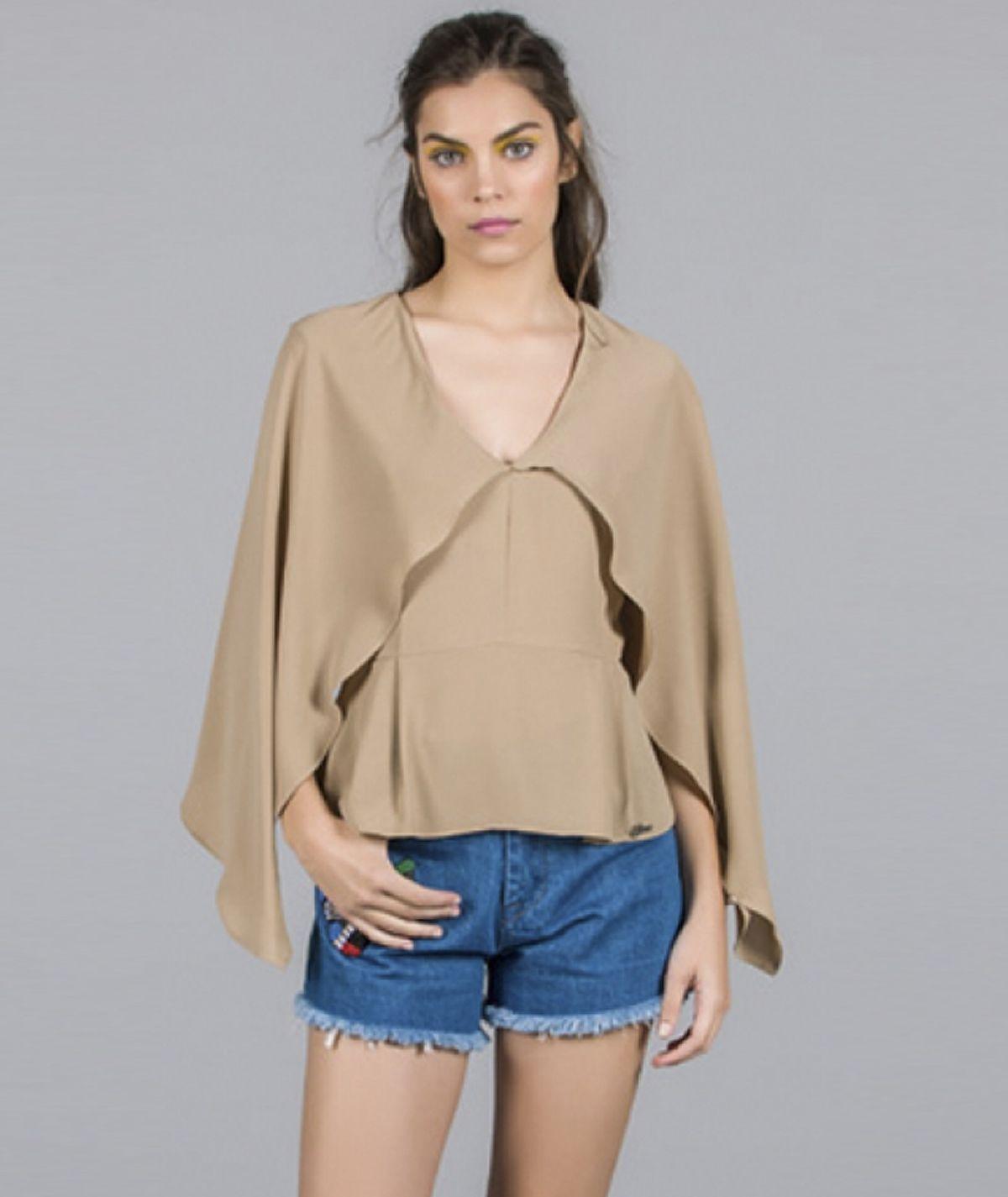 [CHIESSY] Blusa com folhos