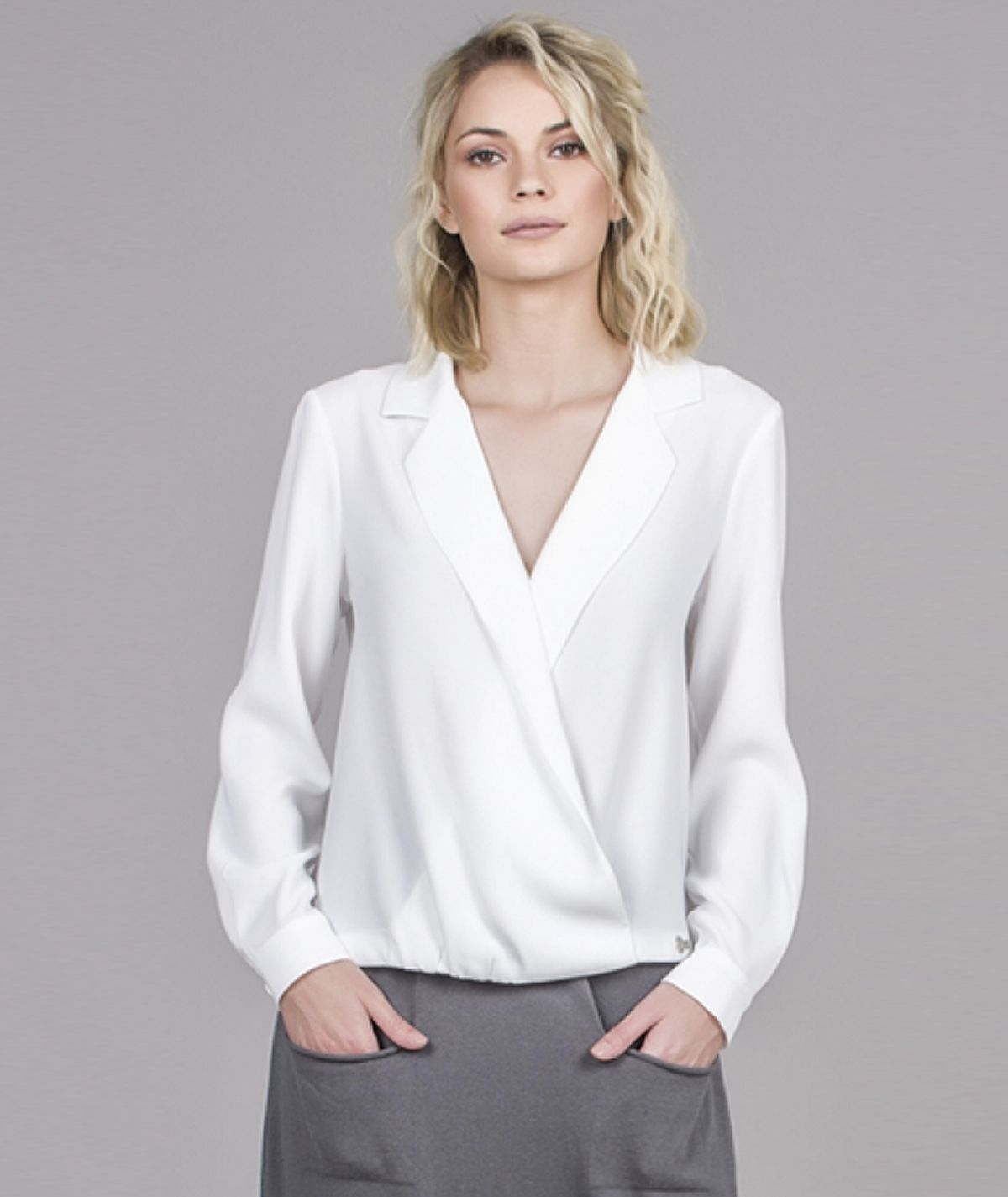 [CHIESSY] Blusa cruzada
