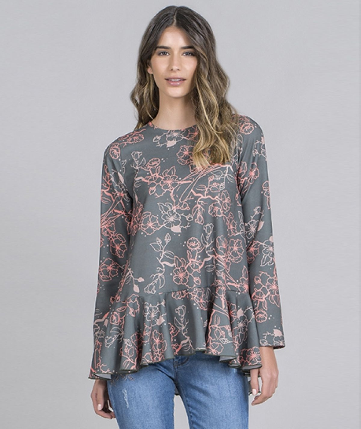 Blusa motivo floral
