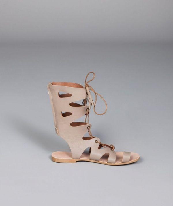 Sandálias...