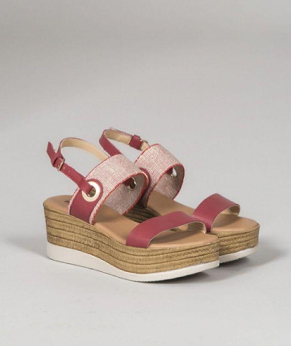Sandália com...